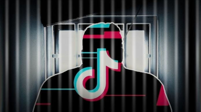 TikTok gets Banned in Pakistan & Twitter reacts with Hilarious Memes