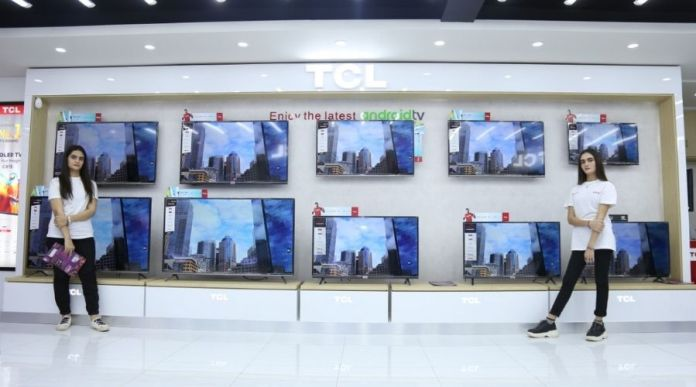 TCL Pakistan's First Flagship Store Gets Open in Karachi