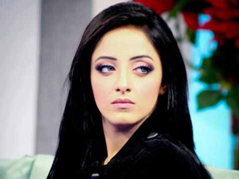 Actress Sanam Chaudhry Starts Working In Pakistani Movies | Pakistan