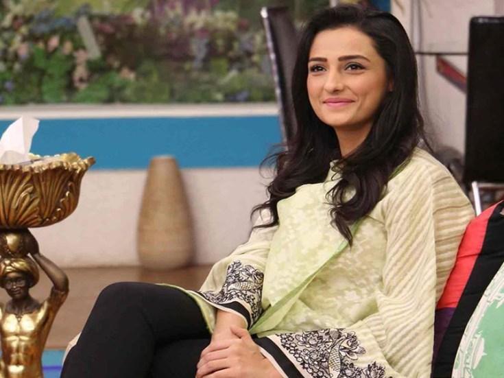 actress momal sheikh