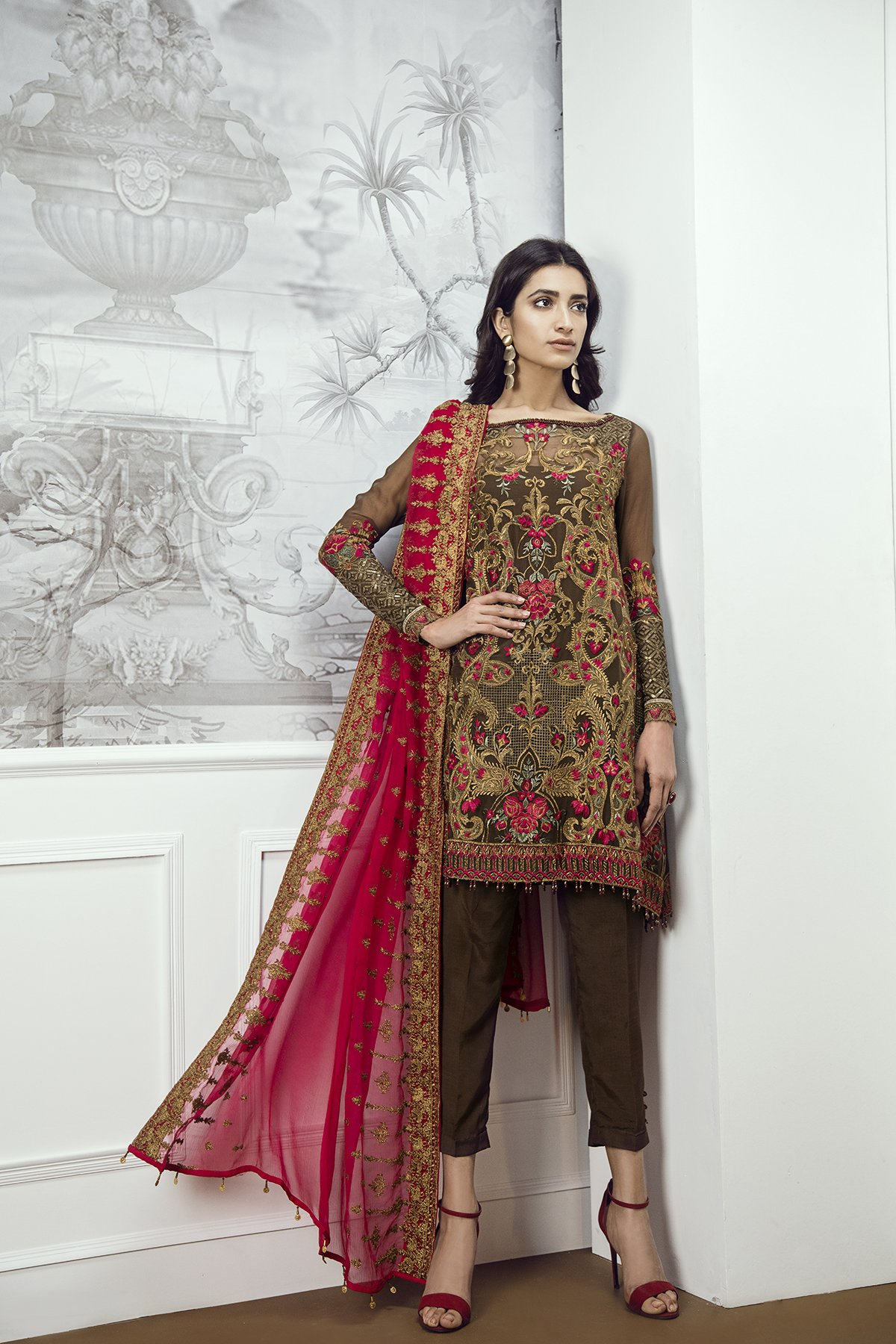 2dcda9dda5 Elegant Cherry rose stitched 3 piece pret wear by Baroque Chantelle party  wear collection 2018 - Online Shopping in Pakistan