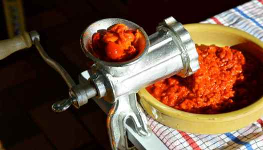 Ajvar, a-jar-full (of comfort)