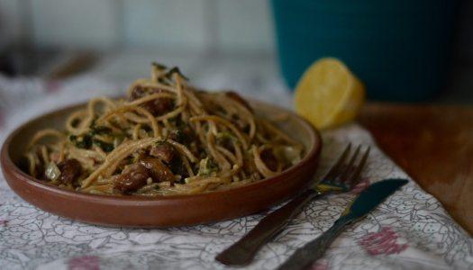 Fresh chestnut spinach pasta