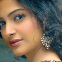 سونم کپور نے ارب پتی دوست سے محبت کا اقرار کرلیا