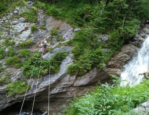 Joen ylitys Via Ferratalla