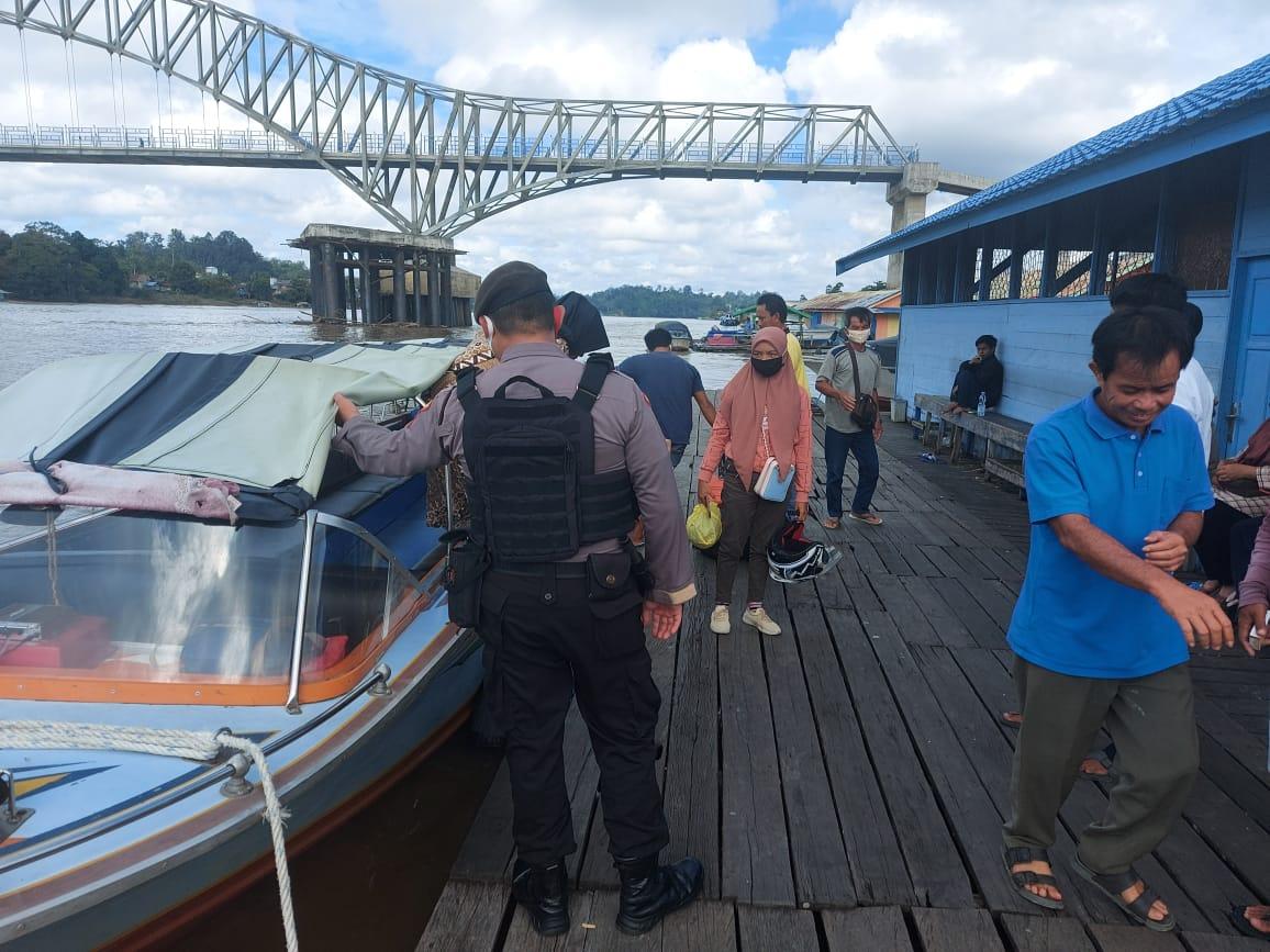 Tingkatkan Pengamanan Samapta Polres Barut Patroli ke Pelabuhan Speed Boat