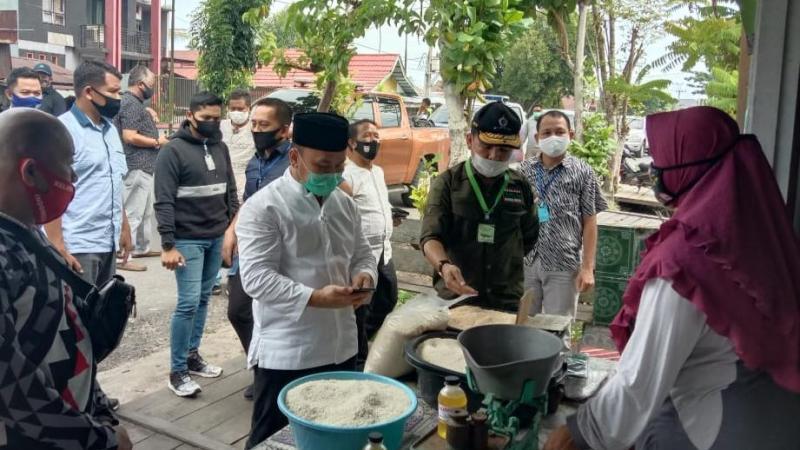 Pantau Pemulihan Perekonomian, Gubernur Dorong Peningkatan UMKM Masyarakat