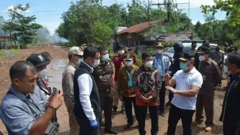 Gubernur Sugianto Sabran Tinjau Ruas Jalan Eks Pertamina