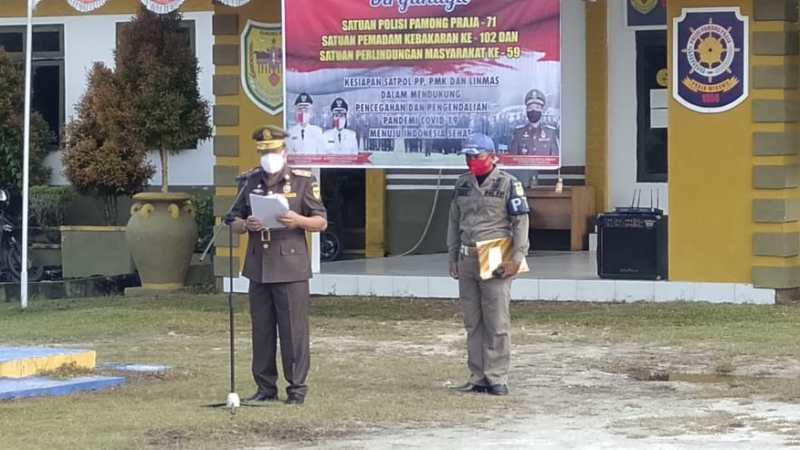Kasatpol PP Gumas , Pimpin Apel HUT ke- 71 Polisi Pamong Praja dan Satuan Linmas