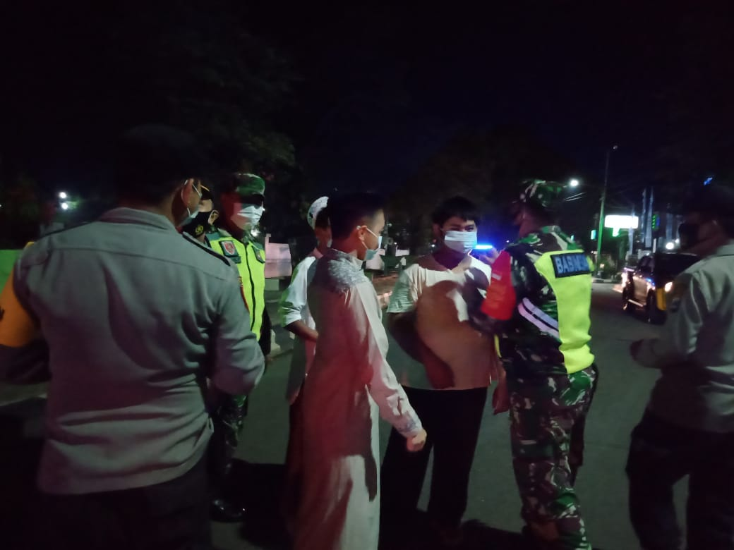 Malam Ramadhan, Aparat Gabungan HST Gencar Lakukan Operasi Yustisi