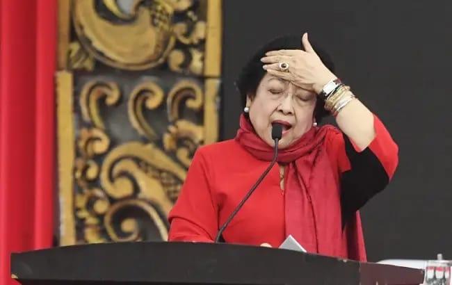 PDIP Makin Memanas. Megawati Suruh Kader Keluar. Jika Ogah Jadi Petugas Partai