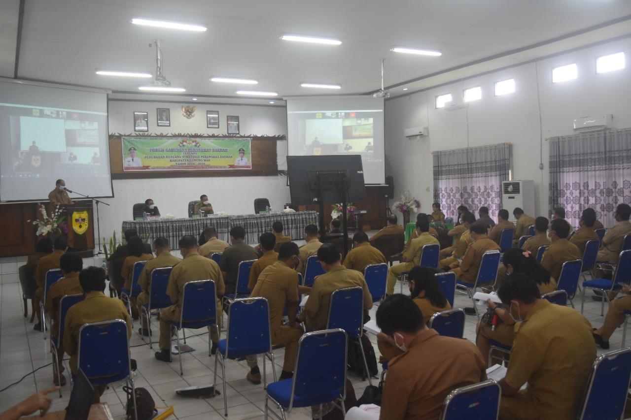 Yansiterson Selaku Sekda Gumas,  Berharap Forum Penajaman Target Kinerja.
