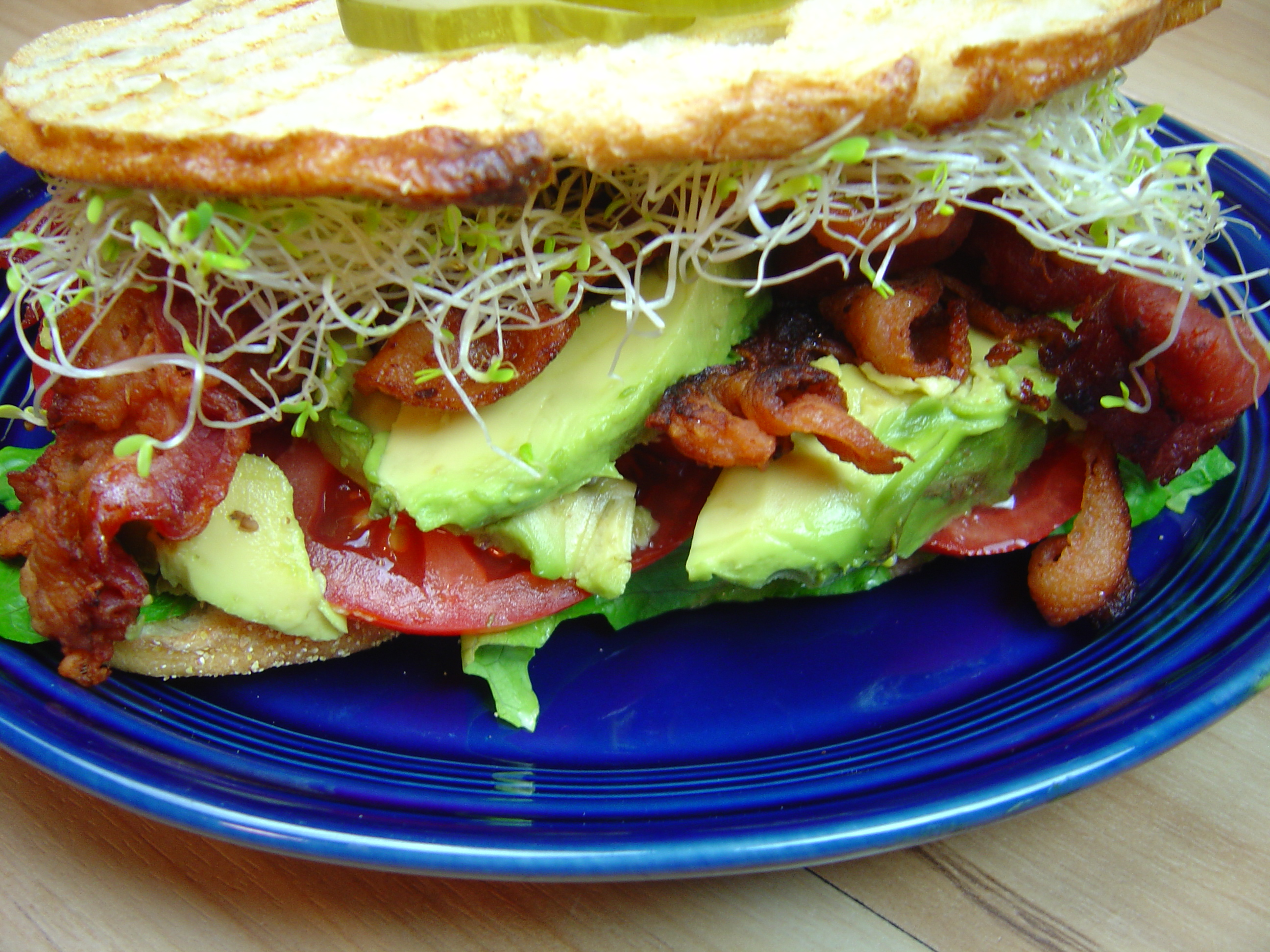BLAST Sandwich (Bacon, Lettuce, Avocado, Sprouts, Tomato)