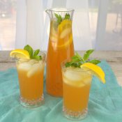 Iced Redbush and Elderflower Lemonade Tea