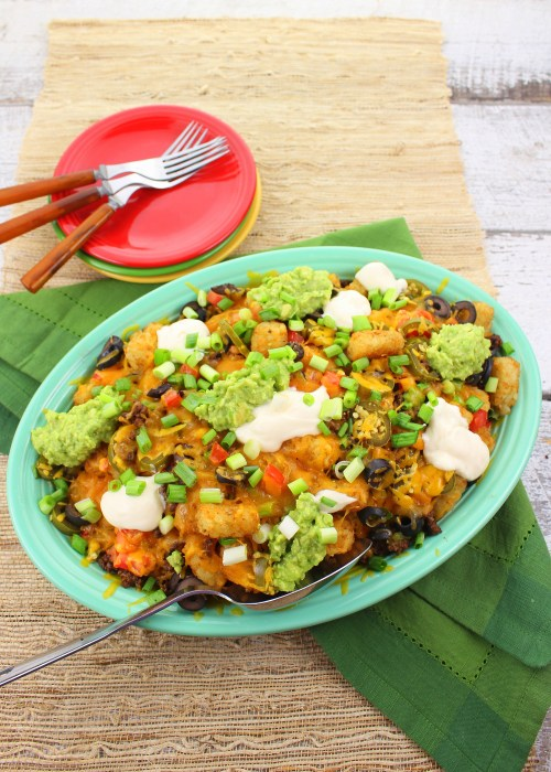 Totchos (Tater Tot Nachos) for #SundaySupper #potatoes #gameday #snacks #fingerfoods #appetizers #Mexican #TexMex