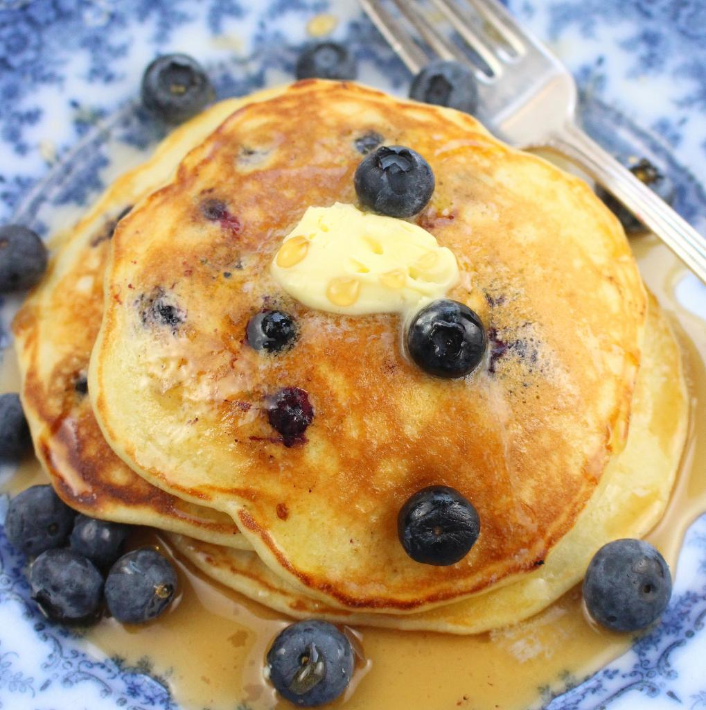 Russian Blueberry Pancakes