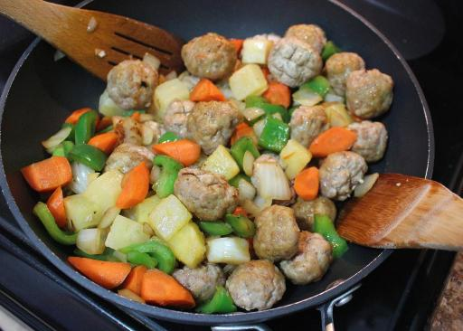 Stir-Fry with Meatballs Added