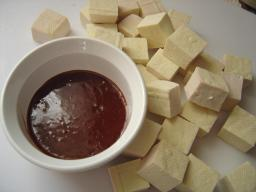 Diced tofu and sauce