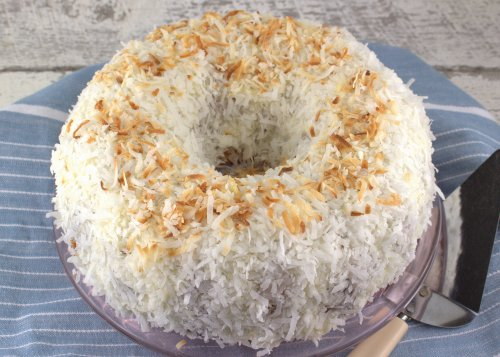 coconut bundt cake coconut bundt cake bundtbakers 2987