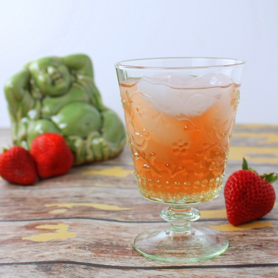 Strawberry Green Iced Tea
