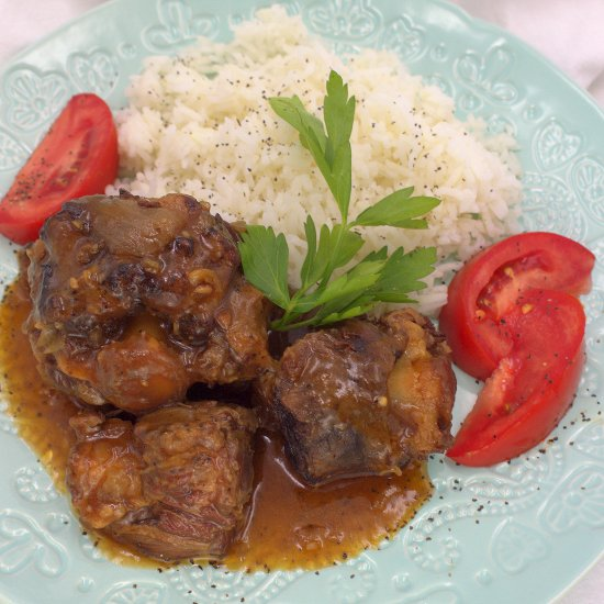 Slow Cooker Beef Oxtails
