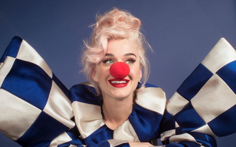 "Foto do encarte de ""Smile"" novo álbum de Katy Perry"