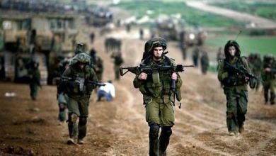 Photo of جنود في جيش الاحتلال ينشرون صورا عن أحدث الأسلحة بحوزتهم