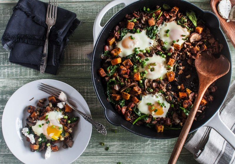 Paleo Mix n' Hash - Breakfast ingredients mixed and mashed together, creating a delicious one skillet breakfast phenomenon. #paleo #certifiedpaleo
