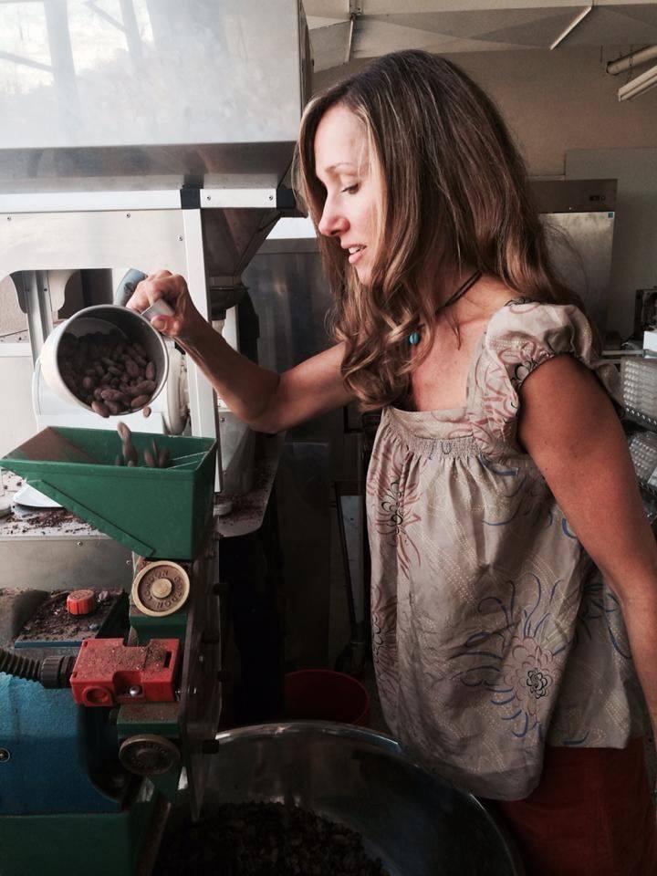 Making Honey Sweetened Chocolate from Pure7 Chocolate