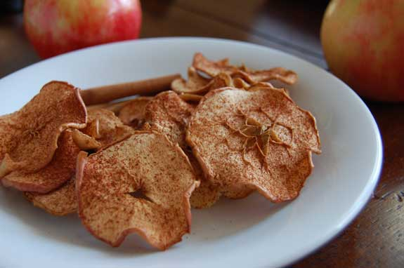 Homemade Baked Cinnamon Apple Chips Recipe
