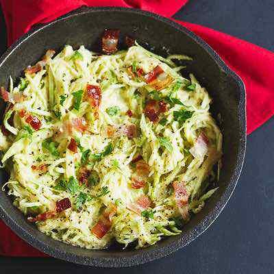 Cauliflower Alfredo Sauce with Zucchini Noodles