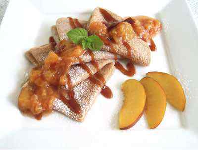 Crepes with Caramel and Peach Sauce