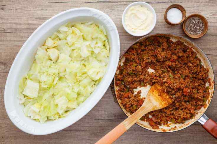 Low Carb Ground Beef and Cabbage Paleo Casserole