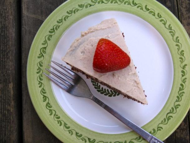 Garnish with a fresh strawberry, if desired.