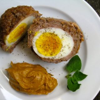 Spicy Scotch Eggs with Creamy Bacon Sauce