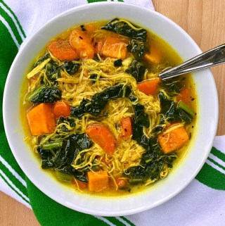 Superfood Chicken and Vegetable Soup