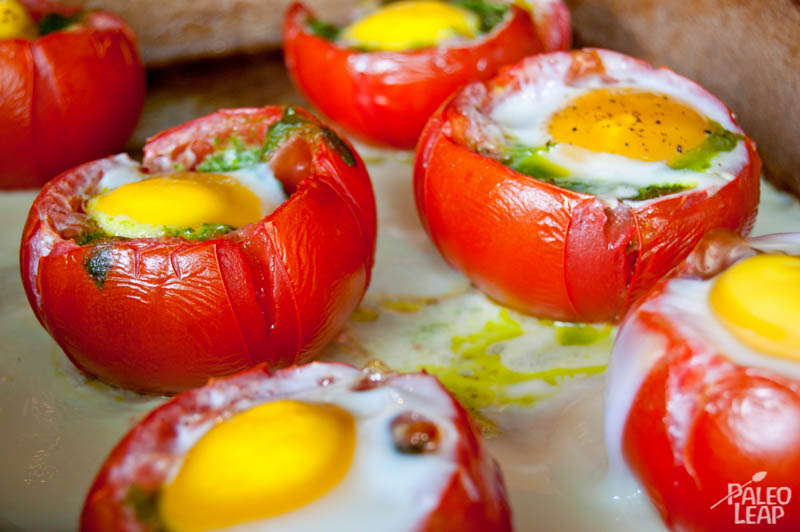 Egg and pesto stuffed tomatoes
