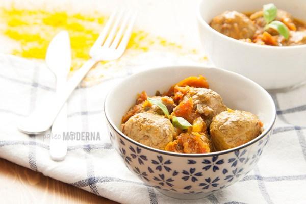 Albóndigas en salsa al curry