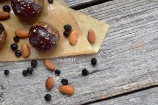 almondbutterjellybites4