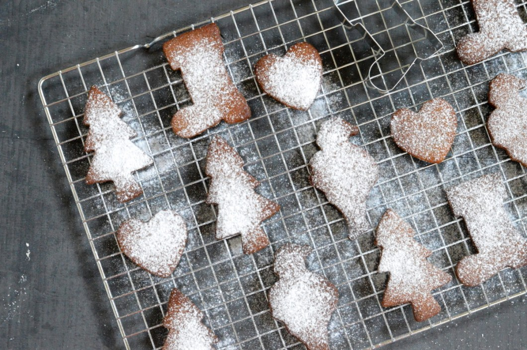 Paleo Cinnamon Christmas Biscuits
