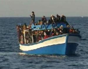 Migranti in balia del mare salvati al largo di Pantelleria  Palermo  Repubblicait