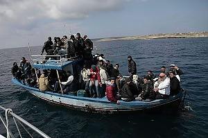 Tanti ragazzini tra i migranti  soccorsi nel Canale di Sicilia