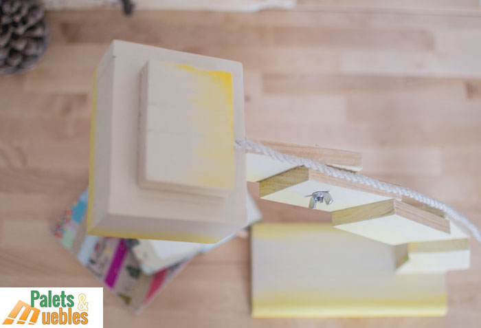 Flexo de dise o hecho con tablas de palets palets y muebles for Diseno muebles hechos palets