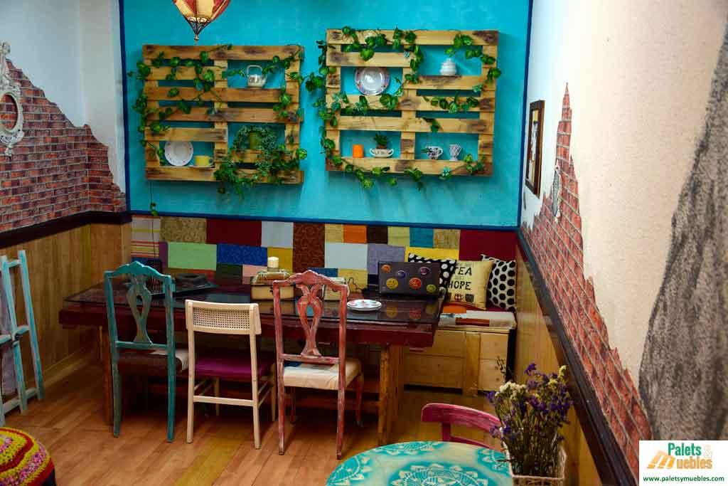 Decoraci n vintage para cafeter a palets y muebles for Adornos para bares rusticos
