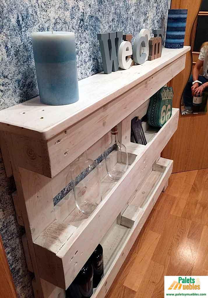 mueble recibidor hecho con palets palets y muebles