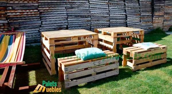Mesa y banco con palets palets y muebles for Bancos de jardin con palets