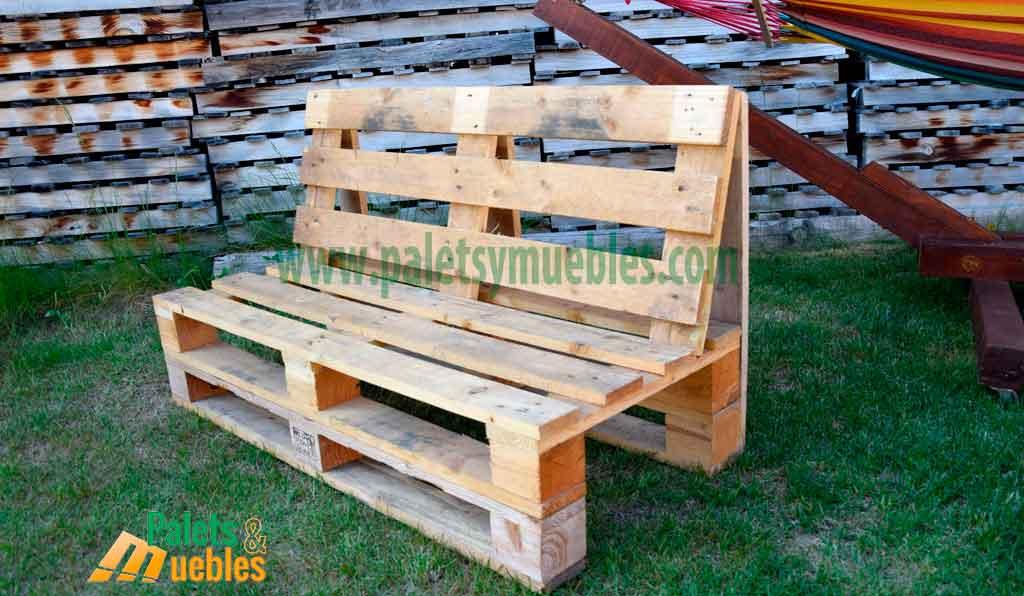 Mesa y banco con palets palets y muebles for Sofas con palets para jardin