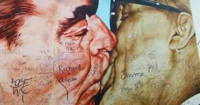 berlin wall painting