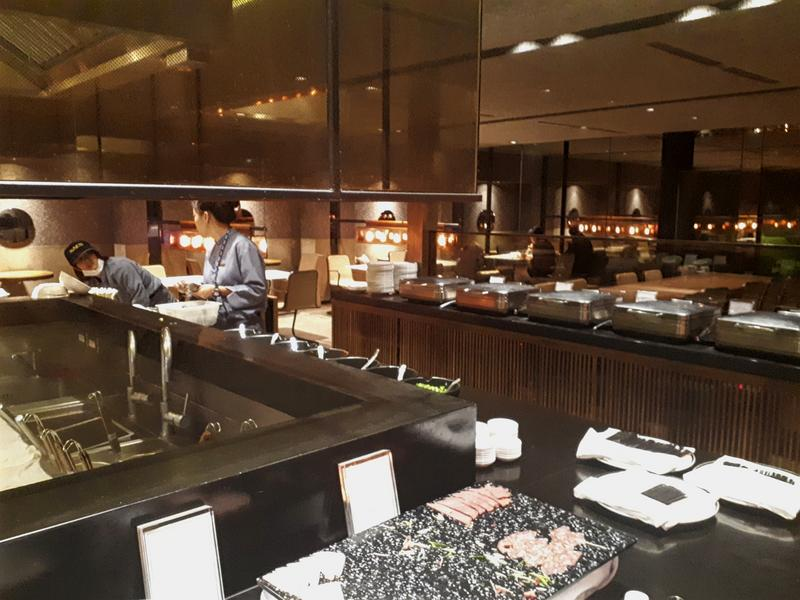 China airlines noodle bar buffet