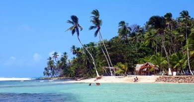 isla mamay beach
